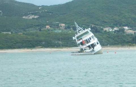 Προσάραξη σκάφους στη Λευκάδα
