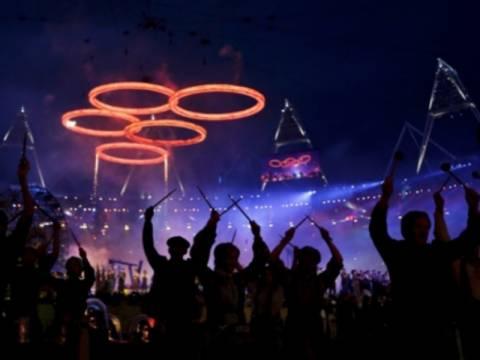 Αθήνα 2004 - Λονδίνο 2012: Η φωτογραφία που σαρώνει στο Facebook
