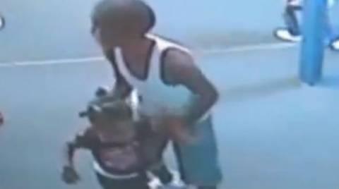 ΣΟΚ! Εννιάχρονος χτυπούσε και τρομοκρατούσε νήπια