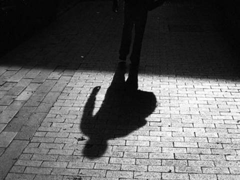 Συναγερμός για τον «δράκο» που κακοποίησε την 15χρονη στην Πάρο