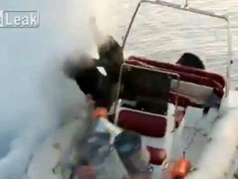 ΣΟΚ: Ψάρευαν με χειροβομβίδα και ανατίναξαν τους εαυτούς τους! (vid)
