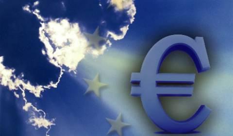 Ρουμπινί: Δίνω στο ευρώ άλλο μισό χρόνο