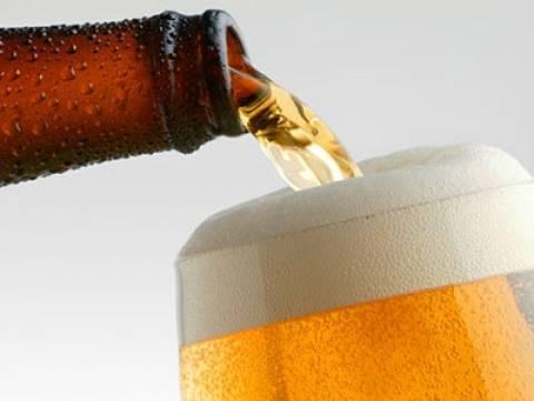 Μπύρα και ελληνικότητα «Εις τον αφρόν»