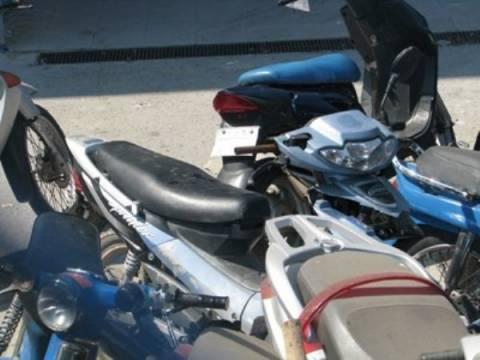 Ανήλικοι έκλεβαν μοτοσικλέτες στον Βόλο