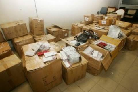 Κατάσχεση μεγάλης ποσότητας «μαϊμού» ρούχων στη Χερσόνησο
