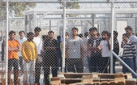 Διαμαρτυρία για την μετατροπή σχολών αστυφυλάκων σε κέντρα κράτησης