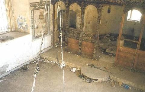 Οι Τούρκοι χρησιμοποιούν εκκλησία στα κατεχόμενα ως τουαλέτα
