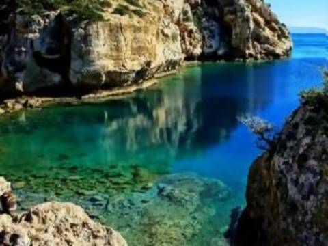 Ταξίδι στην πανέμορφη Ελλάδα: Οι ωραιότερες παραλίες σε ένα βίντεο!