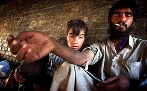 Πακιστάν: Πιο φτηνή η ηρωίνη και από το φαγητό