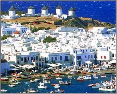 Αύξηση των τιμών στα ξενοδοχεία των νησιών – μείωση στις πόλεις