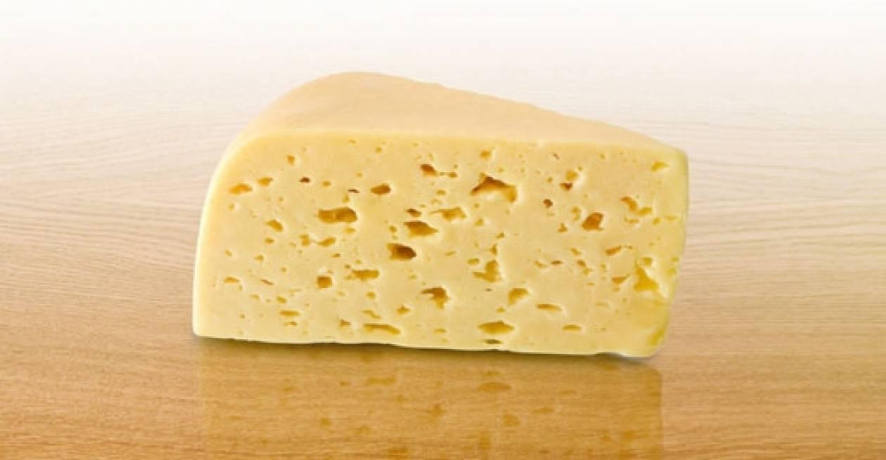 Δείτε γιατί αυτό το τυρί στοιχίζει... χρυσάφι