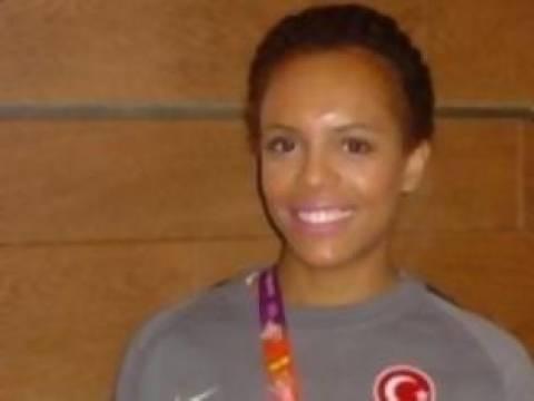 Τουρκοκύπρια αθλήτρια: Εκπροσωπώ την Τουρκική Δημοκρατία της Β. Κύπρου