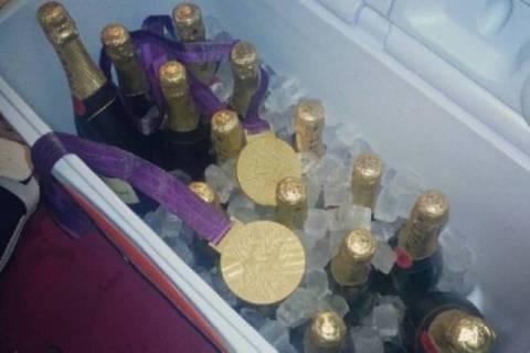 Ολυμπιακοί Αγώνες 2012: Έβαλε το χρυσό στον πάγο ο Λεμπρόν! (video)