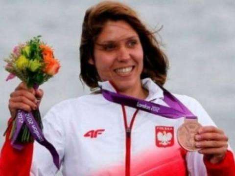 Ολυμπιονίκης πουλά το μετάλλιό της για να βοηθήσει μια 5χρονη