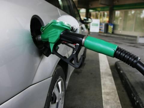 Άγγιξε τα 2 ευρώ η βενζίνη στα νησιά