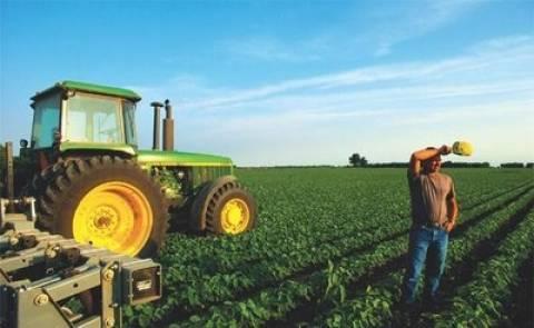 Ενισχύσεις 1,1 δισ. τον Οκτώβριο στους αγρότες