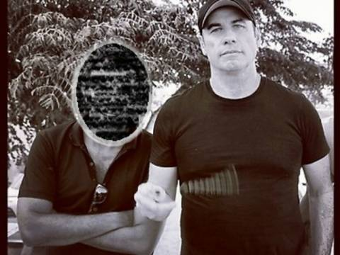 Πασίγνωστος Έλληνας παρέα με τον Τζον Τραβόλτα! (pic)