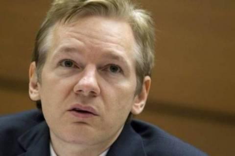 Η Βρετανία δεν θα παράσχει στον Ασάνζ «ασφαλή έξοδο από τη χώρα»