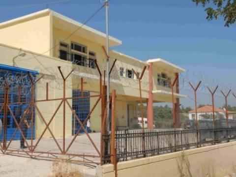 Ο δήμαρχος που θέλει κέντρο μεταναστών στην πόλη του (vid)