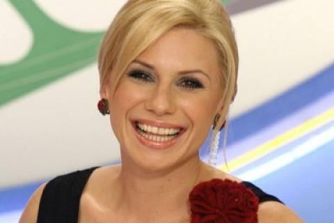 Κατερίνα Καραβάτου: Επιστρέφει στο τηλεοπτικό προσκήνιο μέσω Κύπρου!