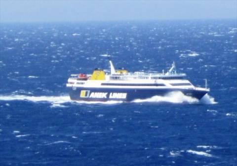 Προβλήματα από τον άνεμο στα λιμάνια της Αμοργού