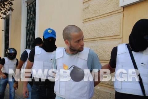 Ο ληστής της Πάρου σχεδίαζε «χτύπημα» στην Εθνική τράπεζα Λαμίας