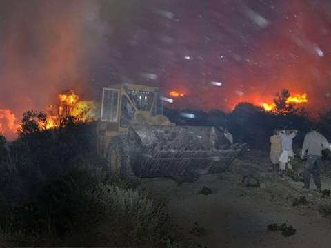 Αχτίδες αισιοδοξίας στην Χίο – Μαίνονται πυρκαγιές σε όλη τη χώρα