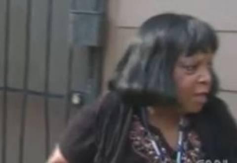 Video: Η γιαγιά, ο ληστής και το πιρούνι