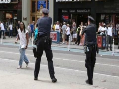 Ρατσισμό στην αστυνομία της Νέας Υόρκης βλέπουν οι πολίτες