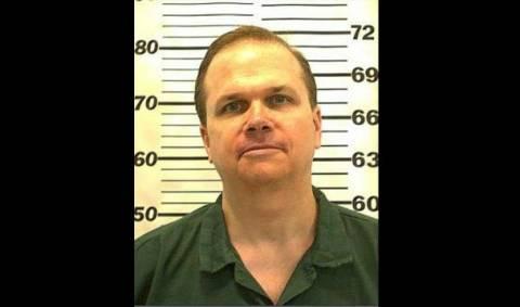 Το έβδομο αίτημα αποφυλάκισης ετοιμάζει ο δολοφόνος του Τζον Λένον
