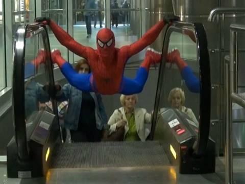 Video: Ο Πολωνός... Spiderman κατακτά το Διαδίκτυο!