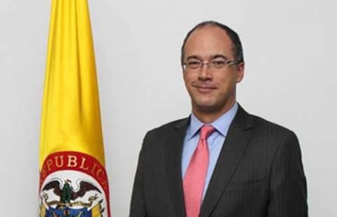 Αντικαταστάθηκε ο υπουργός Οικονομικών στη Κολομβία