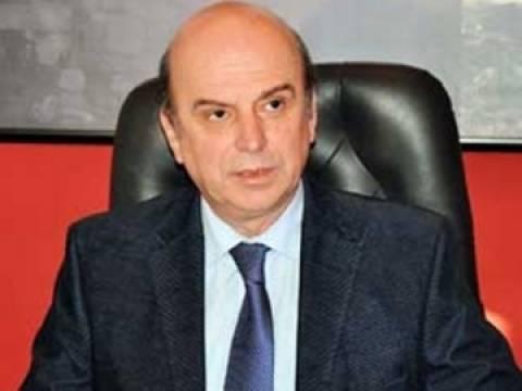 «Οι Αλβανοί εγκαταλείπουν κατά χιλιάδες την Ελλάδα»