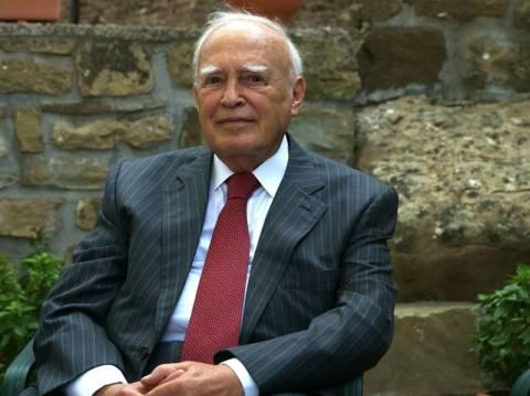 Μήνυμα στήριξης της Ελλάδας από τον Ολάντ προς τον Κ. Παπούλια