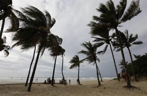 Προς τις ακτές της Φλόριντα κατευθύνεται ο Ισαάκ