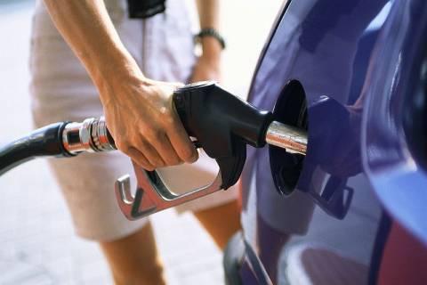 Πάνω από τα 2 ευρώ η βενζίνη στην Κρήτη