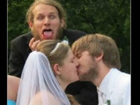 Τα πιο αστεία γαμήλια photobombing! (pics)
