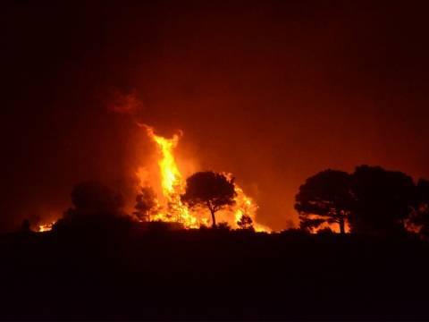 Πάνω από 170 πυρκαγιές σε 36 ώρες!