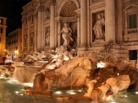 Θα πάθεις σοκ: Πόσα λεφτά βγάζει κάθε χρόνο η Fontana di Trevi;