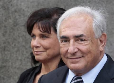 Επισήμως διαζευγμένοι Στρος-Καν και Αν Σινκλέρ