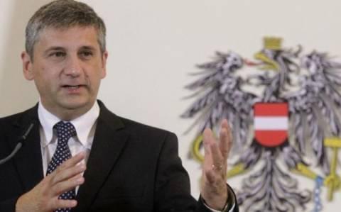 Αυστριακός ΥΠΕΞ: Πρώτα μεταρρυθμίσεις και μετά χρήματα στους Έλληνες