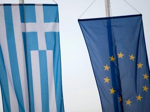 Ο κρίσιμος Σεπτέμβριος για την Ελλάδα και το ευρώ