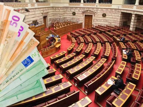 Βουλή: Οι 1.700 υπάλληλοι και οι αμοιβές των 102,4 εκατ. ευρώ