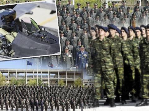 Τόσα θα χάσουν οι στρατιωτικοί μετά τα νέα μέτρα
