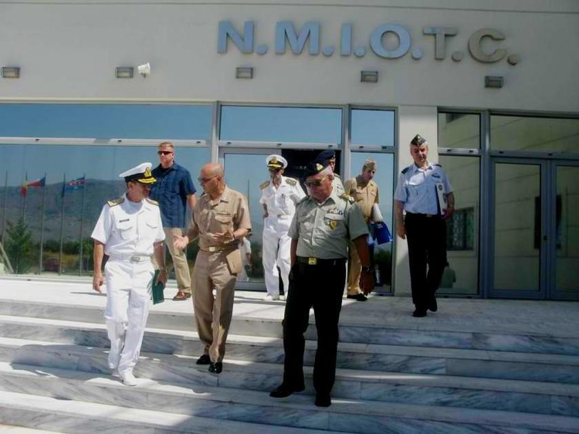 Στην Ελλάδα ο επικεφαλής του ΝΑΤΟ στην Ευρώπη