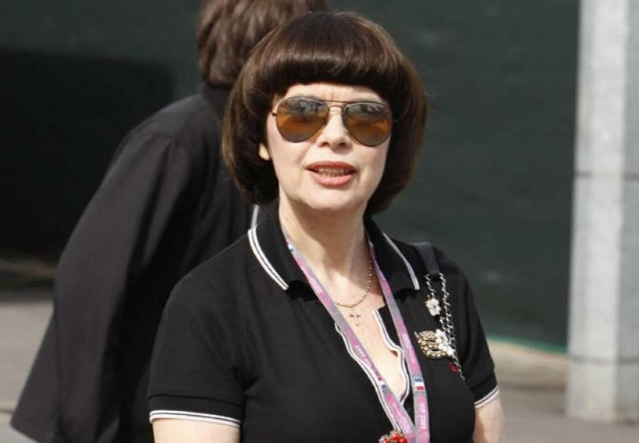Η Μιρέιγ Ματιέ καταδικάζει ως «ιερόσυλες» τις Pussy Riot