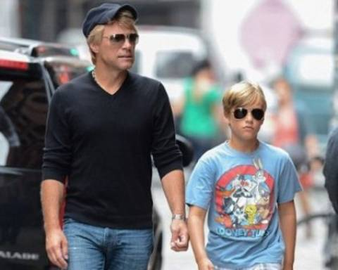 Ο γιος του Bon Jovi είναι και πολύ... μούρη!