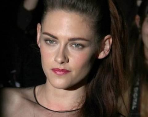 H πρώτη εμφάνιση της Kristen Stewart στο κόκκινο χαλί