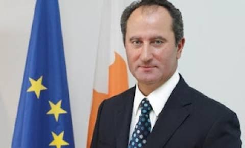Ο υπουργός Υγείας εξήγγειλε την υποψηφιότητά του για τις εκλογές 2013