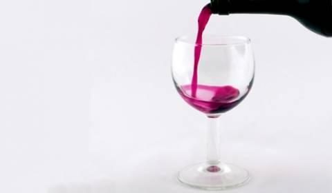 Η Ιταλία εξαιτίας των πυρκαγιών μειώνει την παραγωγή οίνου